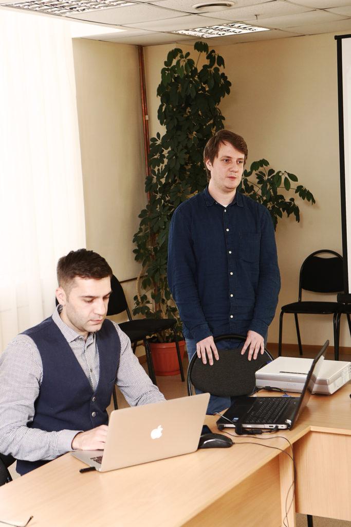 Команда Байкальского проекта искренне рада за Максима, особенно учитывая то, что он осознает, что это большая ответственность.